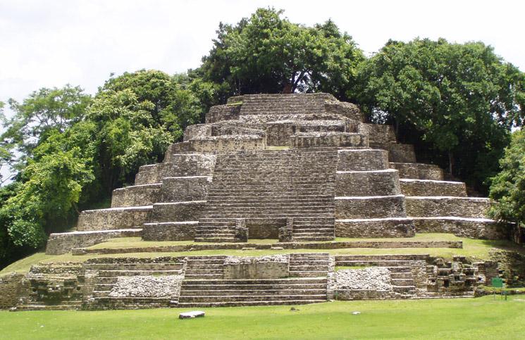 Der Mayakalender – Ist die Zombie Apokalypse nah?